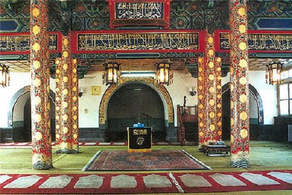 the Huaisheng Mosque in Guangzhou, China Holidays