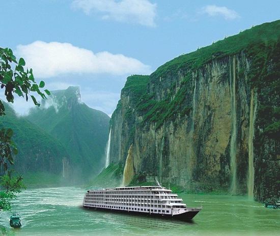 Yangtze River with China Holidays